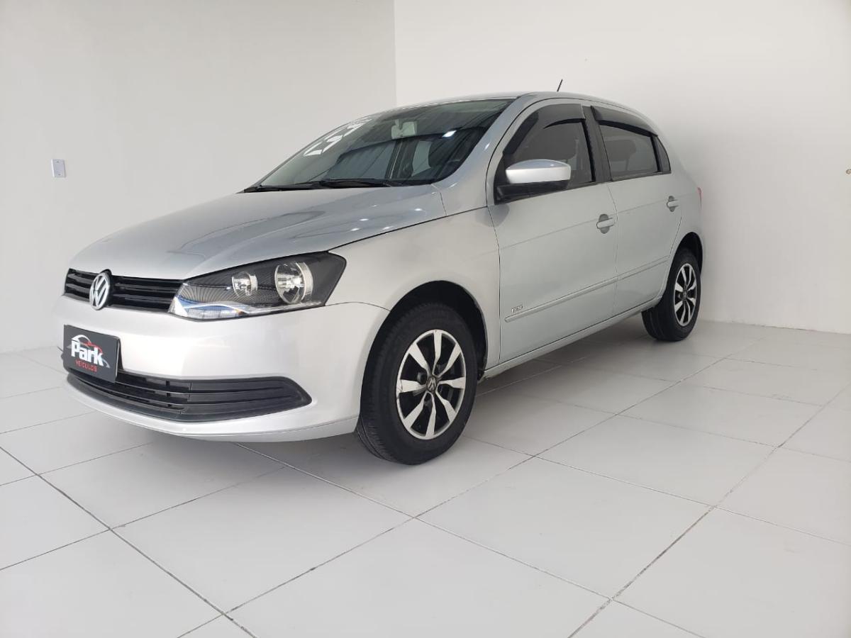 Volkswagen Gol (novo) – 2013 – Prata