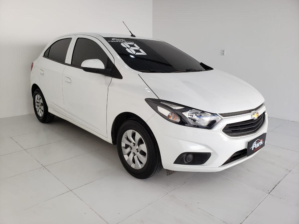 Chevrolet ONIX HATCH LT – 2018 – Branco