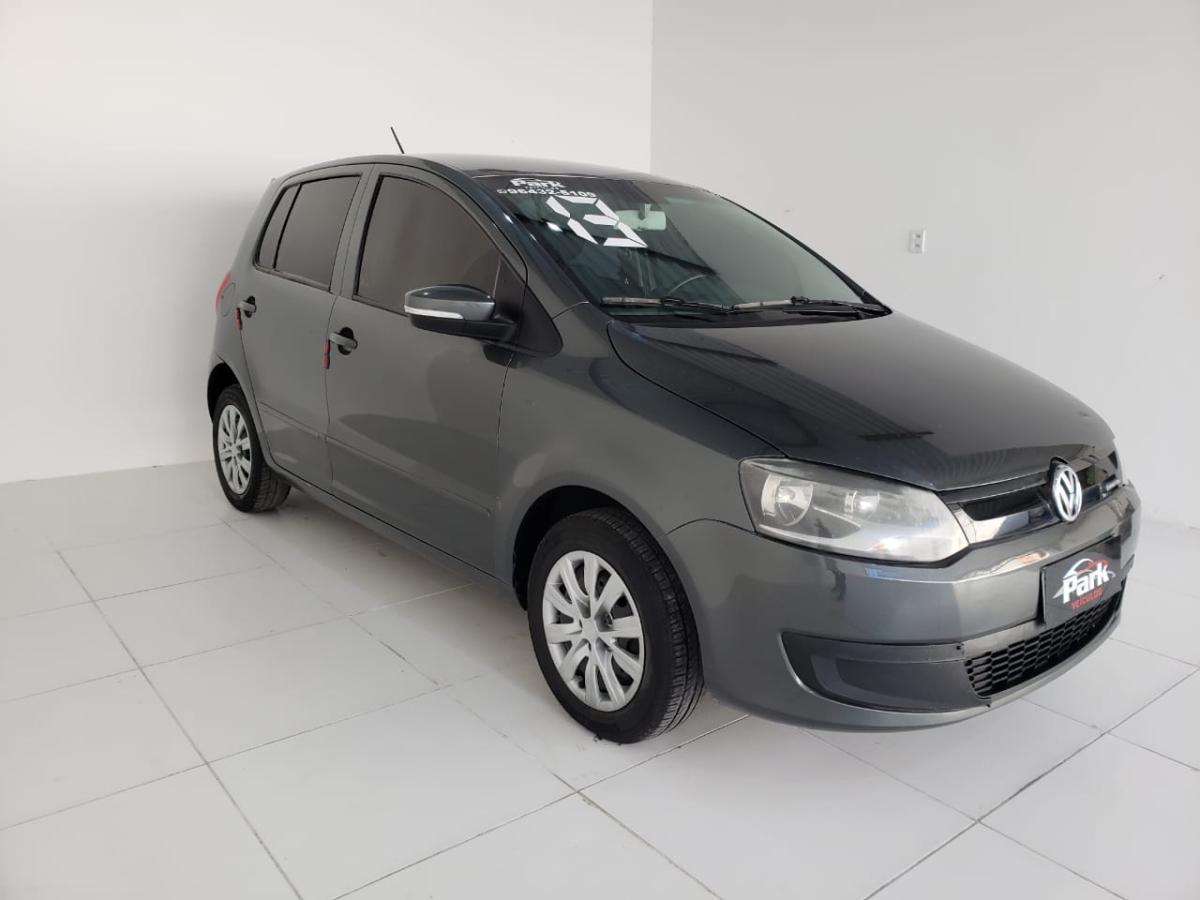 Volkswagen Fox BlueMotion – 2013 – Cinza